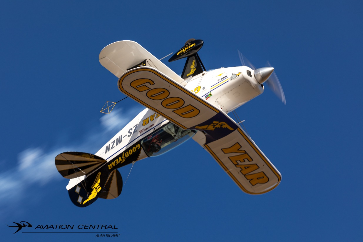 Nigel Hopkins Aerobatics Archives - Aviation Central