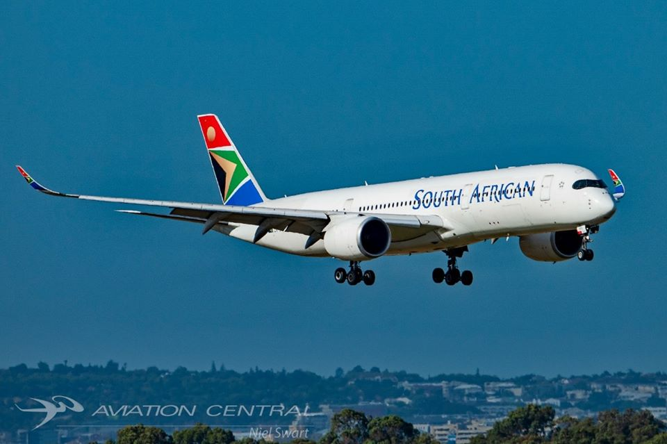 SAA A350 Landing at Cape Town International Airport