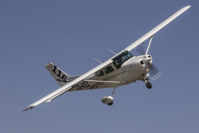 Race 116  ZS-KEZ  Cessna FR172J 210  Paul Potgieter  Mauro Belotti  Gauteng