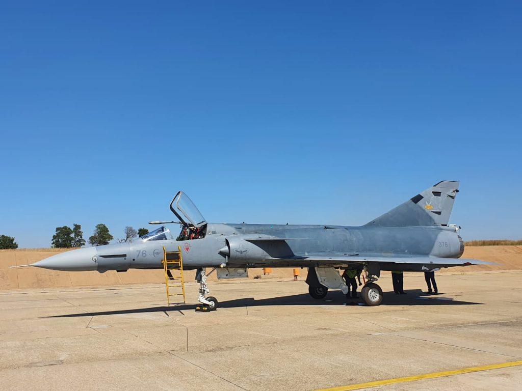 Denel Cheetah C '376' flies again since 2001